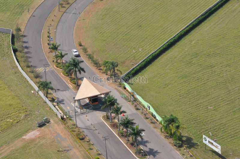 Avenida principal - Fachada - Condomínio Village Saint Charbel - 63 - 1