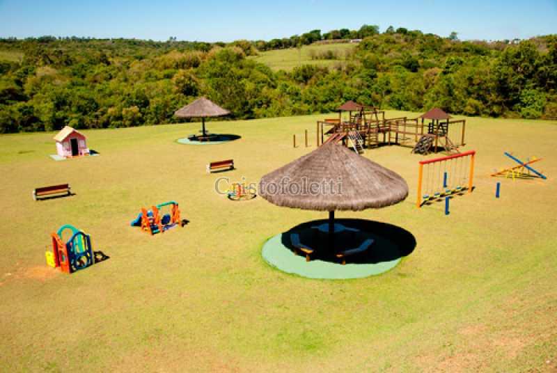 Parque infantil - Fachada - Condomínio Village Saint Charbel - 63 - 5