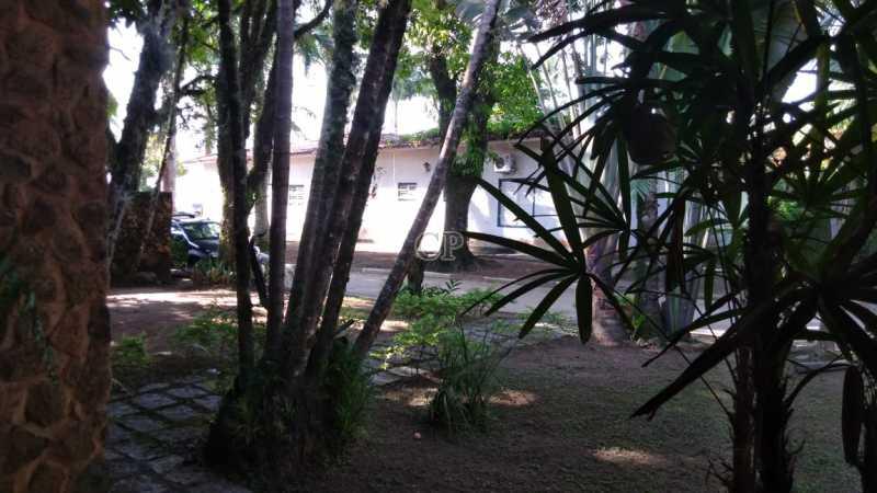 FOTO 11 - CASA TÉRREA EM CONDOMÍNIO EM FRENTE A PRAIA, 04- DORMITÓRIOS, QUINTAL GRANDE - ILCN00014 - 22