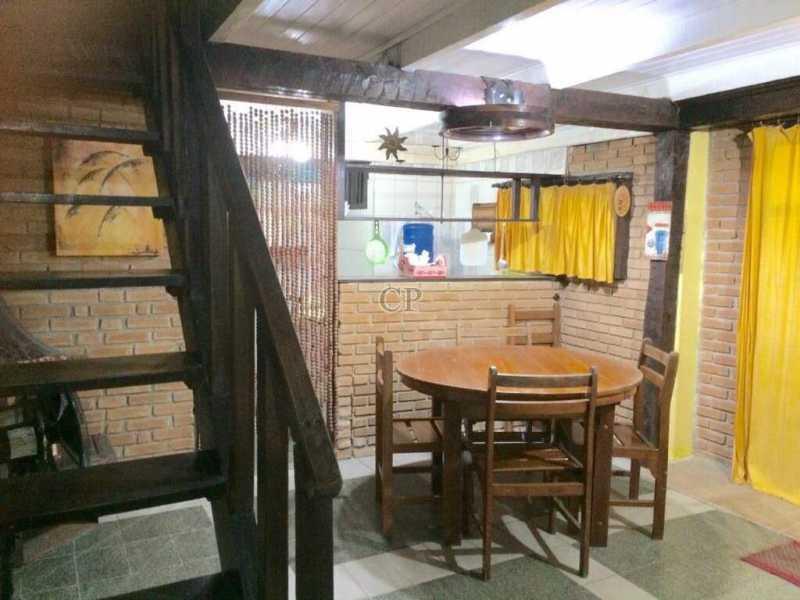 FOTO 7 - SOBRADO LOCALIZADO NA PARTE PLANA - ILCA00112 - 7