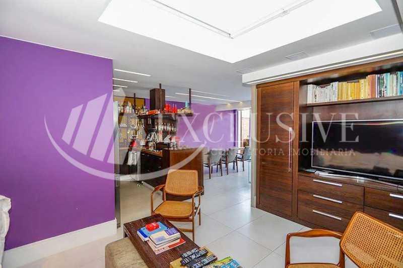 2cfe6641688af90a2092aff0773444 - Cobertura à venda Rua Timóteo da Costa,Leblon, Rio de Janeiro - R$ 2.700.000 - COB0144 - 3