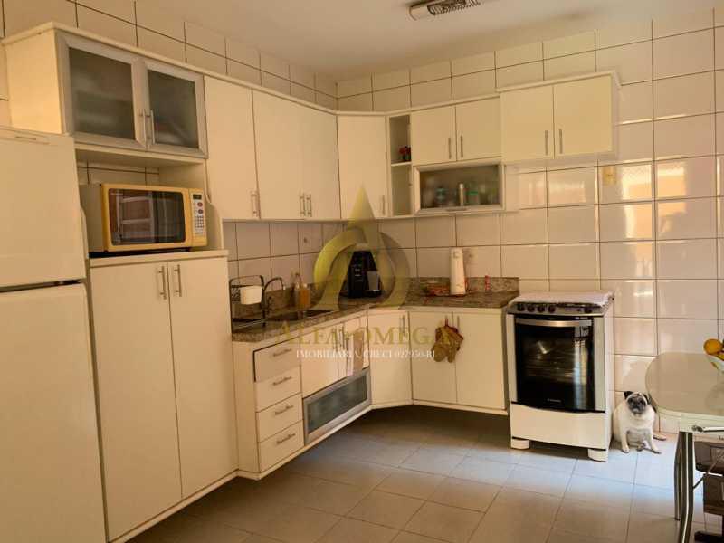 25 - Casa em Condomínio Rua Ponte Nova,Tanque, Rio de Janeiro, RJ À Venda, 3 Quartos, 150m² - AOJ60051 - 25