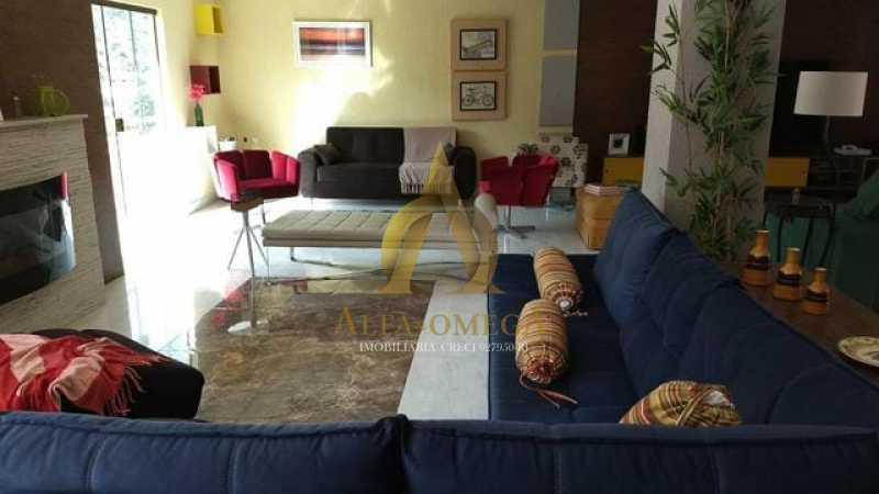 5 - Casa em Condomínio Rua Adalgisa Neri,Taquara, Rio de Janeiro, RJ À Venda, 4 Quartos, 500m² - AOJ60054 - 1