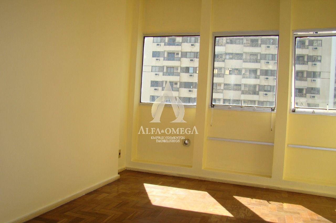 FOTO 2 - Apartamento 1 quarto à venda Barra da Tijuca, Rio de Janeiro - R$ 329.000 - AO10240 - 3