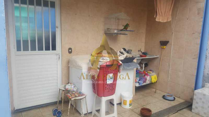 15 - Casa em Condomínio Estrada do Outeiro Santo,Taquara, Rio de Janeiro, RJ Para Venda e Aluguel, 3 Quartos, 200m² - AOJ60082 - 14