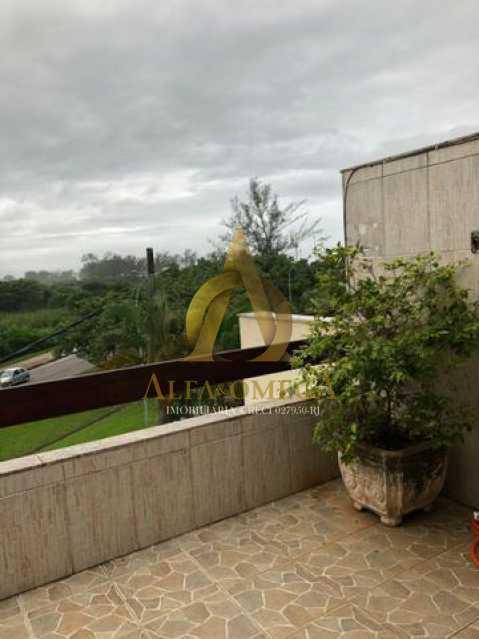 1 - Casa em Condomínio Para Alugar Rua José Américo de Almeida,Recreio dos Bandeirantes, Rio de Janeiro - R$ 3.000 - AO60056L - 9