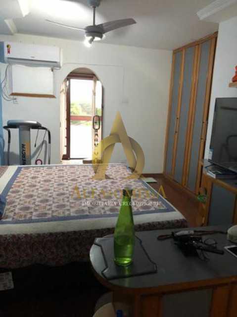 2 - Casa em Condomínio Para Alugar Rua José Américo de Almeida,Recreio dos Bandeirantes, Rio de Janeiro - R$ 3.000 - AO60056L - 14