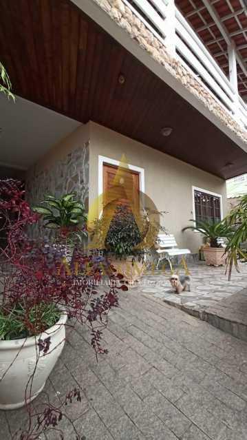 13 - Casa em Condomínio Rua São Calisto,Tanque, Rio de Janeiro, RJ À Venda, 4 Quartos, 340m² - AOJ60094 - 21