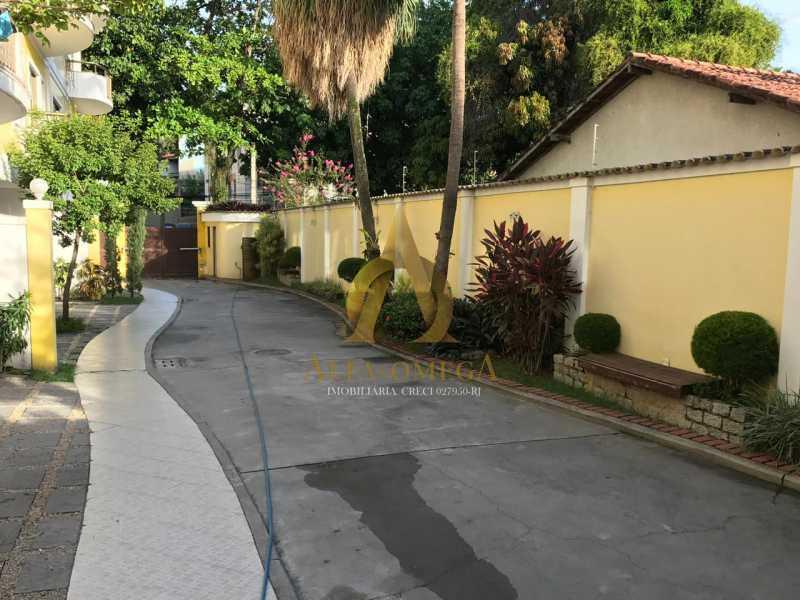 22 - Casa em Condomínio Rua Caniu,Pechincha, Rio de Janeiro, RJ Para Venda e Aluguel, 3 Quartos, 208m² - AOJ60105 - 23
