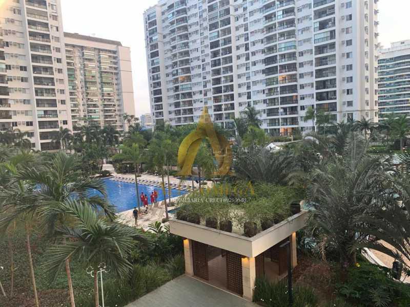 12 - Apartamento Avenida Eixo Metropolitano Este-Oeste,Jacarepaguá, Rio de Janeiro, RJ Para Alugar, 2 Quartos, 70m² - AOJ20017L - 15