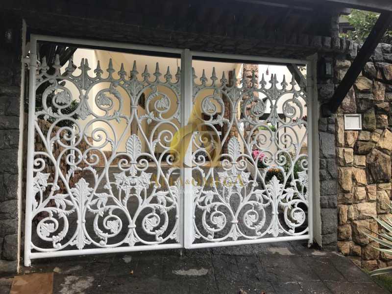 25 - Casa Estrada do Quitite,Jacarepaguá, Rio de Janeiro, RJ Para Alugar, 4 Quartos, 350m² - AOJ60010L - 31