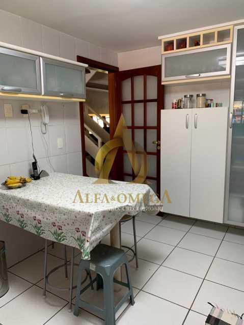 9 - Casa em Condominio Rua Oscar Lopes,Anil,Rio de Janeiro,RJ À Venda,4 Quartos,320m² - AOJ60036 - 18
