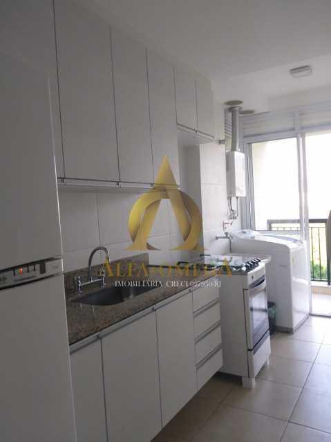 4 - Apartamento Avenida Eixo Metropolitano Este-Oeste,Jacarepaguá, Rio de Janeiro, RJ À Venda, 2 Quartos, 70m² - AOJ20095 - 17