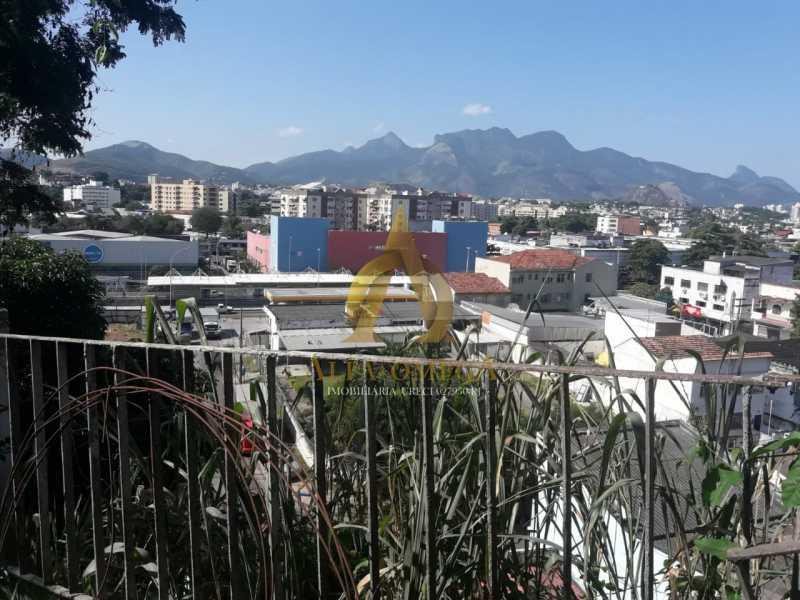 10 - Casa Rua Mapendi,Taquara, Rio de Janeiro, RJ Para Venda e Aluguel, 2 Quartos, 85m² - AOJ60043 - 24