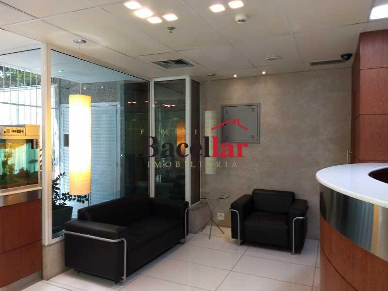 IMG_20170905_120006027 - Prédio 1843m² para venda e aluguel Rio de Janeiro,RJ - R$ 21.000.000 - RIPR00001 - 3