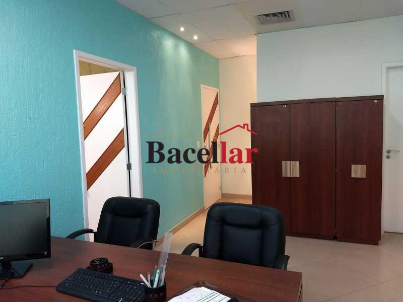 IMG_20170905_114240585 - Prédio 1843m² para venda e aluguel Rio de Janeiro,RJ - R$ 21.000.000 - RIPR00001 - 17