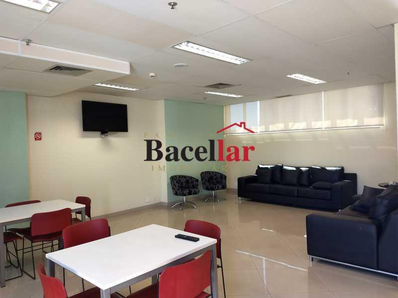 IMG_20170905_113255147 - Prédio 1843m² para venda e aluguel Rio de Janeiro,RJ - R$ 21.000.000 - RIPR00001 - 20