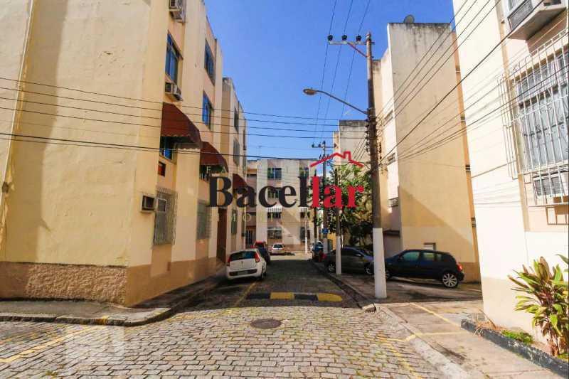 1 Circulação e vagas-04036f2 - Apartamento 2 quartos à venda Sampaio, Rio de Janeiro - R$ 190.000 - RIAP20101 - 1