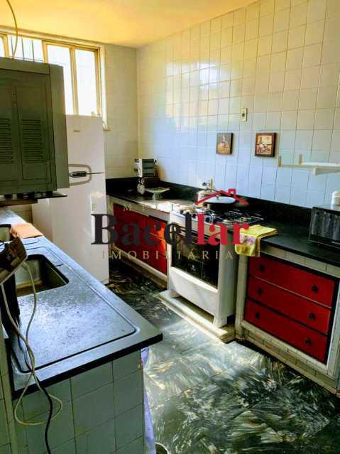 07 - Excelente oportunidade para sua casa própria em rua residencial, próximo a um intenso comércio, ótima acessibilidade para todo o Rio de Janeiro ! - RIAP20189 - 8