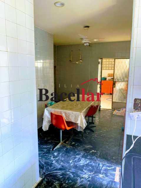 08 - Excelente oportunidade para sua casa própria em rua residencial, próximo a um intenso comércio, ótima acessibilidade para todo o Rio de Janeiro ! - RIAP20189 - 9