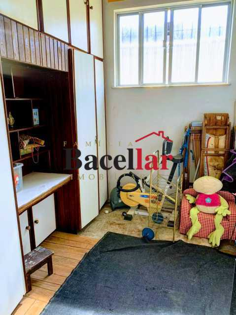 10 - Excelente oportunidade para sua casa própria em rua residencial, próximo a um intenso comércio, ótima acessibilidade para todo o Rio de Janeiro ! - RIAP20189 - 13