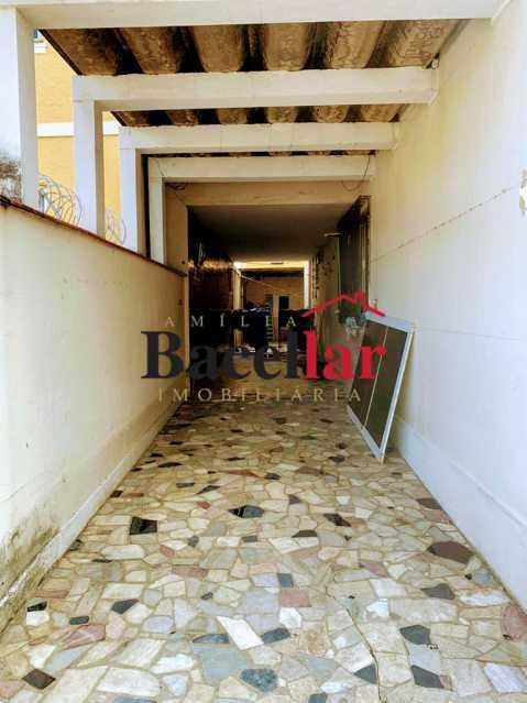 18 - Excelente oportunidade para sua casa própria em rua residencial, próximo a um intenso comércio, ótima acessibilidade para todo o Rio de Janeiro ! - RIAP20189 - 18
