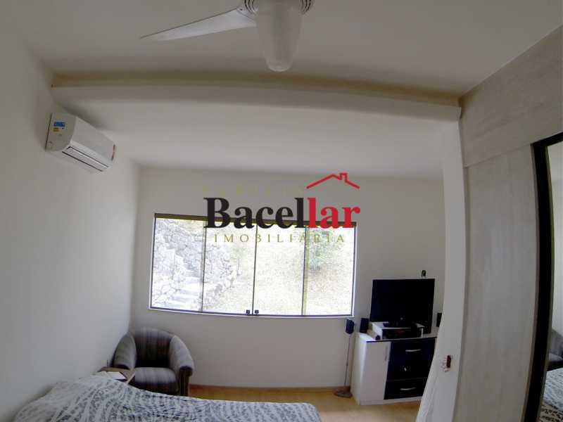 Quarto casal em L - foto 2 - Casa 3 quartos à venda Niterói,RJ Ingá - R$ 1.400.000 - RICA30018 - 11