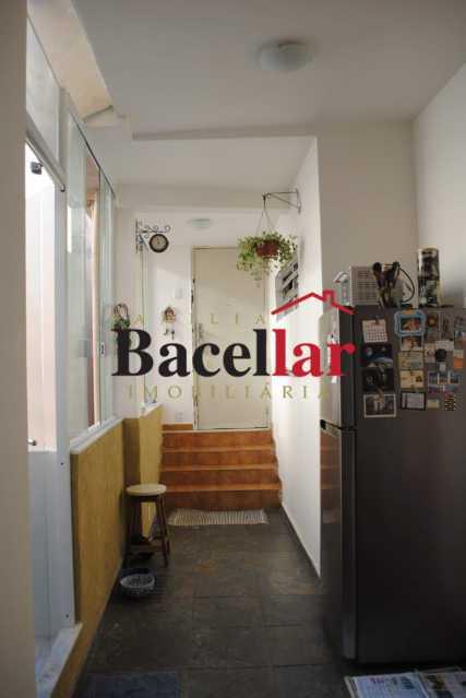04. - Sala e quarto e uma charmosa varanda - TIAP11012 - 10