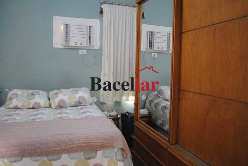 16. - Sala e quarto e uma charmosa varanda - TIAP11012 - 13