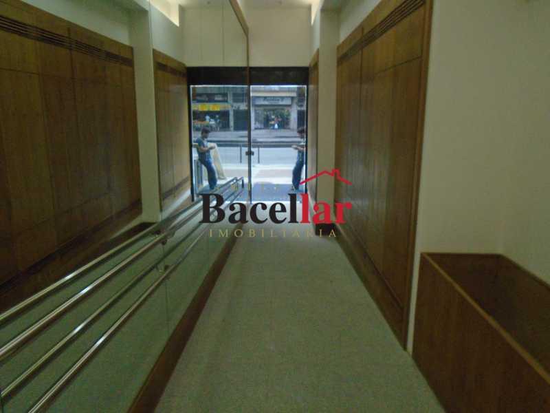 15 - Blue Office - Colado no metrô - TISL00009 - 22