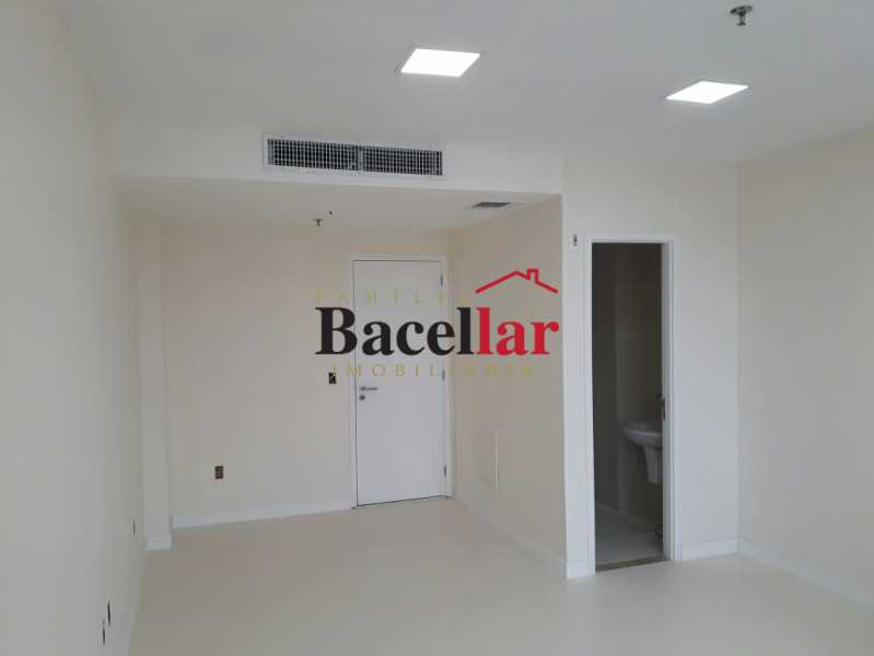 Foto 5 - Sala Comercial 26m² para venda e aluguel Rio de Janeiro,RJ - R$ 290.000 - TISL00071 - 5