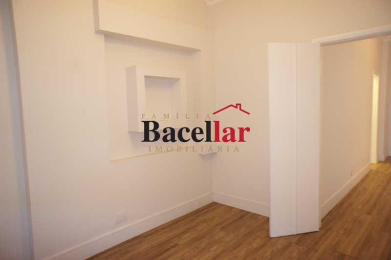 10 - Apartamento à venda Rua Pinheiro Machado,Laranjeiras, Rio de Janeiro - R$ 685.000 - TIAP23822 - 9