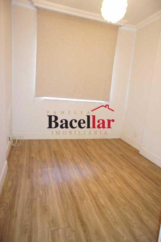 12 - Apartamento à venda Rua Pinheiro Machado,Laranjeiras, Rio de Janeiro - R$ 685.000 - TIAP23822 - 11