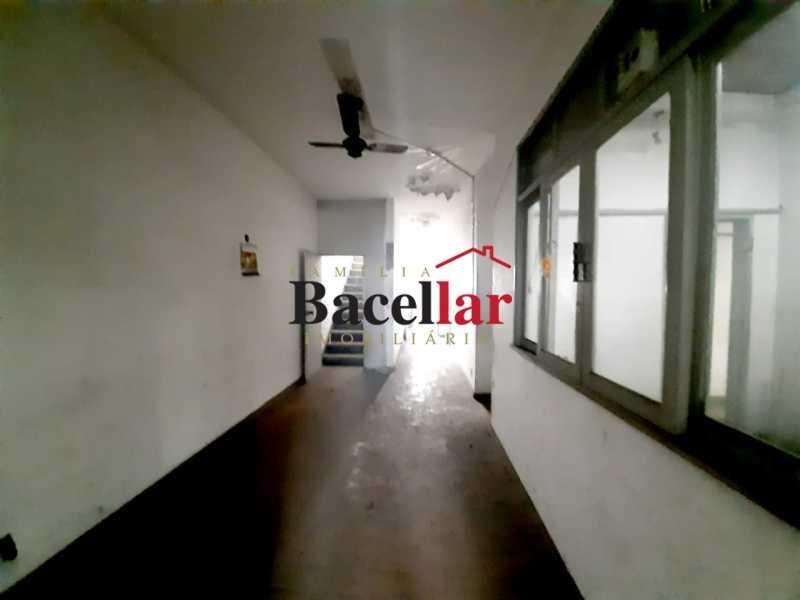 hall da escada - Prédio 760m² à venda Ramos, Rio de Janeiro - R$ 950.000 - TIPR00030 - 17