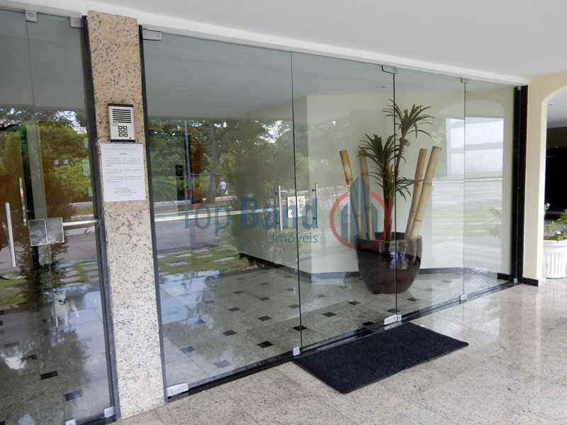11_cobertura_entradapredio - Cobertura à venda Rua Zoila de Abreu Teixeira,Barra da Tijuca, Rio de Janeiro - R$ 2.700.000 - TICO40009 - 28