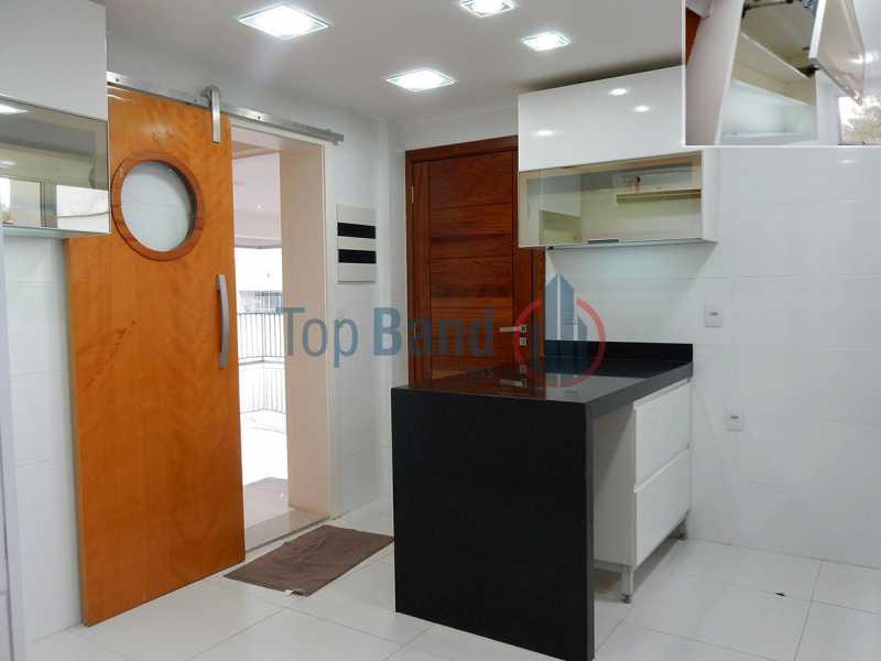 17_cobertura_1andar_cozinha02 - Cobertura à venda Rua Zoila de Abreu Teixeira,Barra da Tijuca, Rio de Janeiro - R$ 2.700.000 - TICO40009 - 10