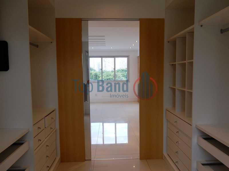 24_cobertura_1andar_suite01clo - Cobertura à venda Rua Zoila de Abreu Teixeira,Barra da Tijuca, Rio de Janeiro - R$ 2.700.000 - TICO40009 - 14