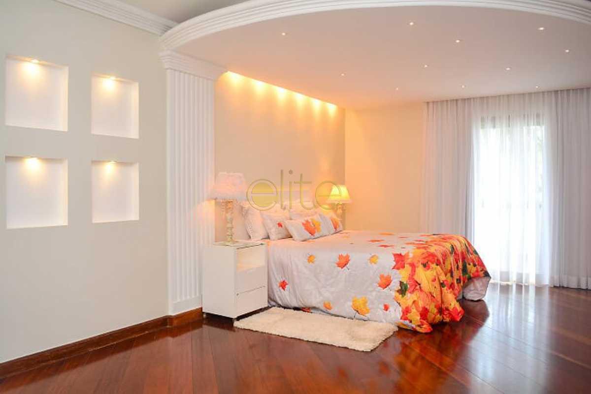 16 - Casa Para Venda ou Aluguel no Condomínio Pedra de Itaúna - Barra da Tijuca - Rio de Janeiro - RJ - CA0027 - 17