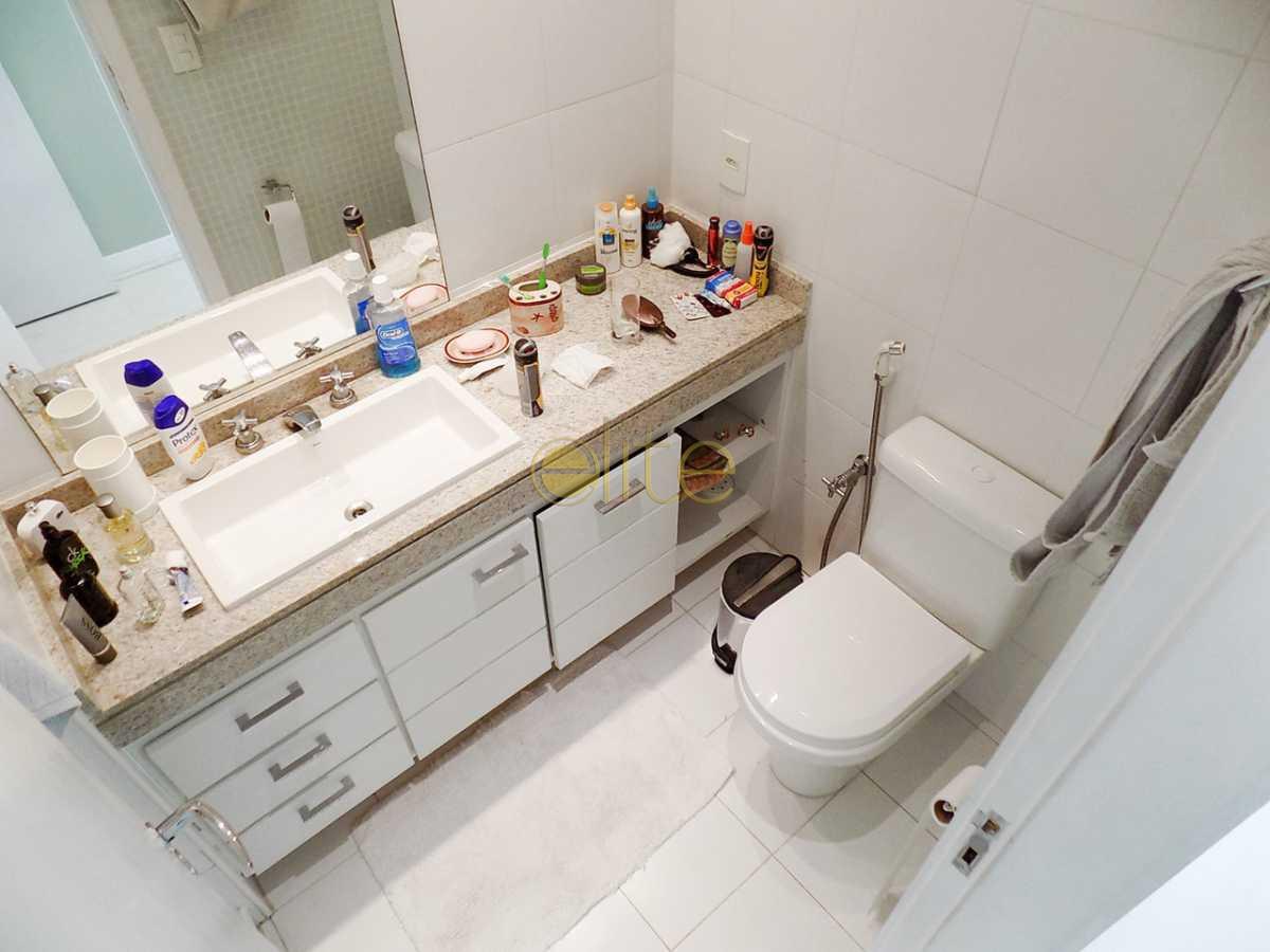 24 banheiro suite 3 - Apartamento À Venda no Condomínio Santa Monica Jardins Club - Barra da Tijuca - Rio de Janeiro - RJ - 40199 - 23