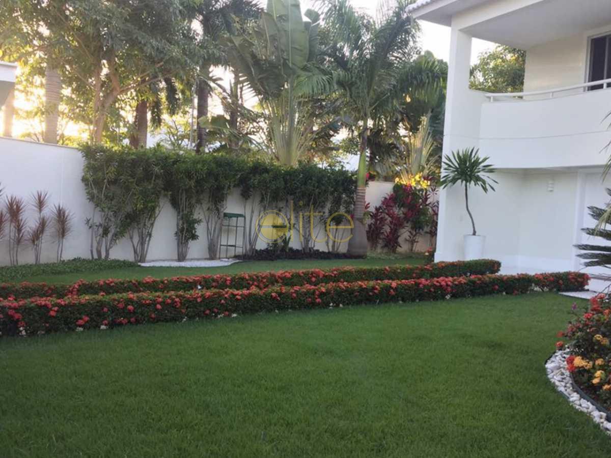 25 - Casa À Venda no Condomínio Santa Monica Jardins - Barra da Tijuca - Rio de Janeiro - RJ - EBCN50013 - 24