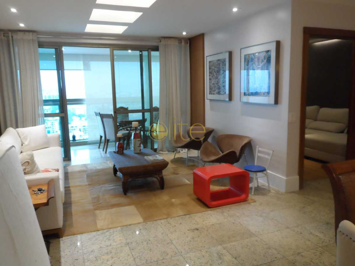005 - Apartamento À Venda no Condomínio Costa Del Sol - Barra da Tijuca - Rio de Janeiro - RJ - EBAP40013 - 6