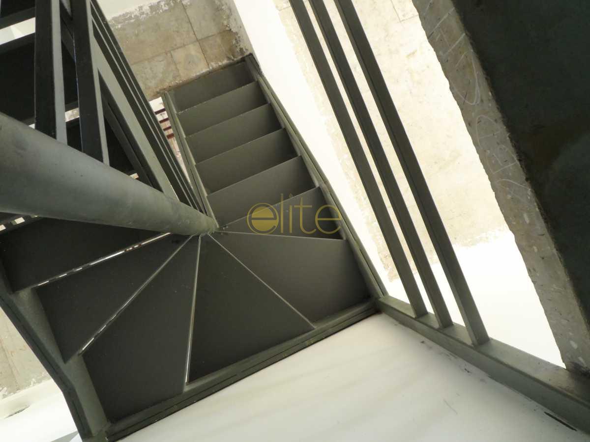023 - Loja Para Venda ou Aluguel no Condomínio O² Corporate Offices - Barra da Tijuca - Rio de Janeiro - RJ - EBLJ00011 - 26