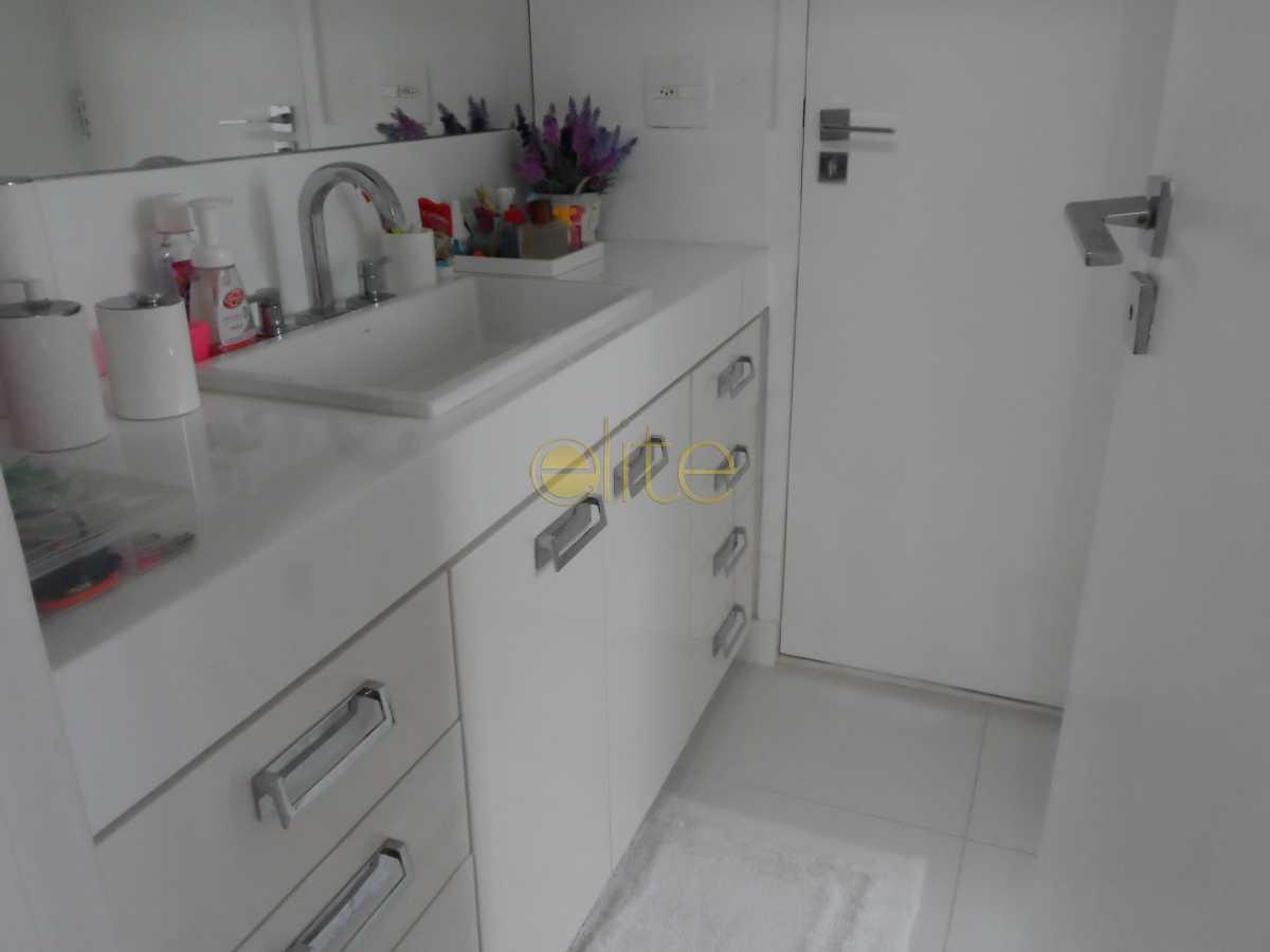 026 - Apartamento Para Alugar no Condomínio Atlântico Sul - Barra da Tijuca - Rio de Janeiro - RJ - EBAP40084 - 26