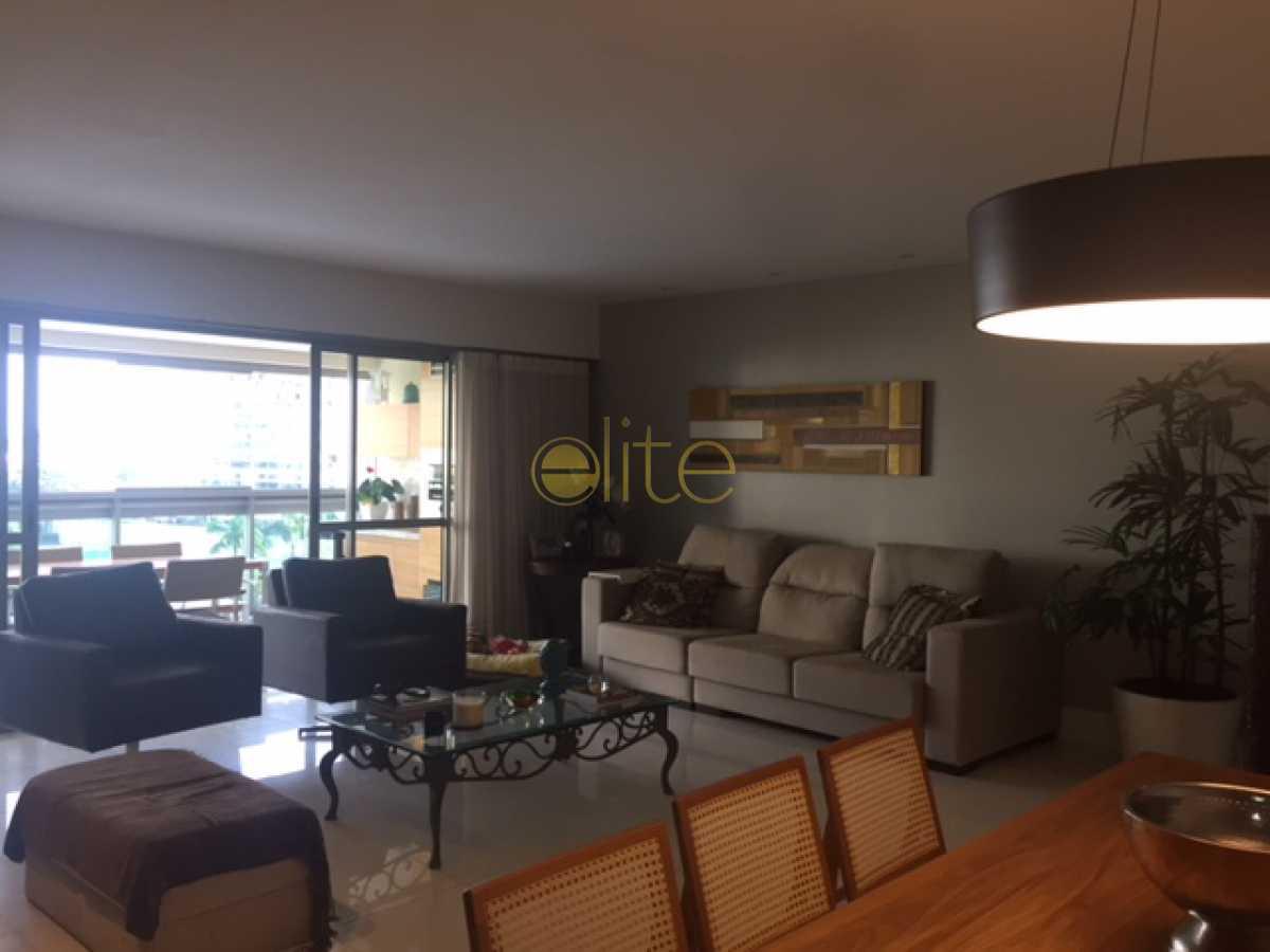 1 - Apartamento À Venda no Condomínio Santa Monica Jardins Club - Barra da Tijuca - Rio de Janeiro - RJ - EBAP40104 - 5