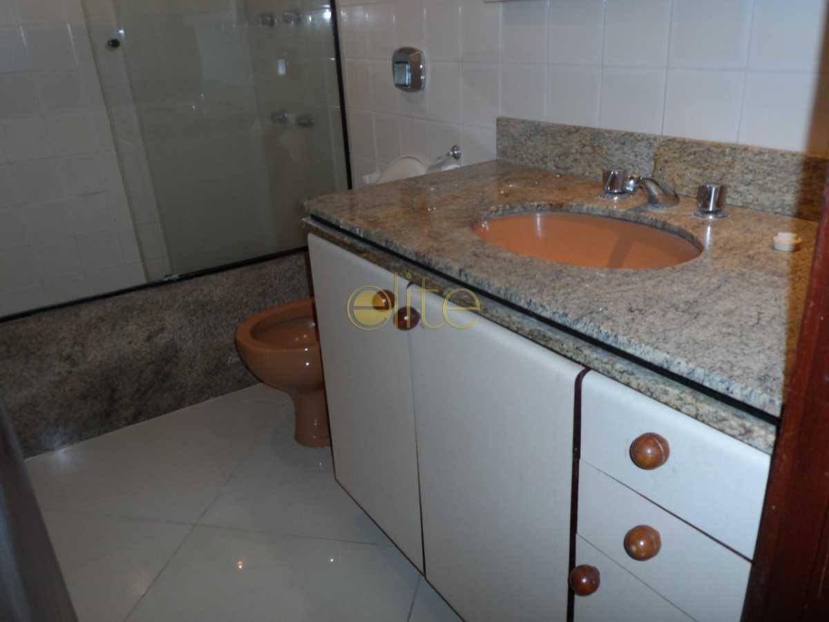 7 - Apartamento À Venda no Condomínio ABM - Barra da Tijuca - Rio de Janeiro - RJ - EBAP30122 - 11