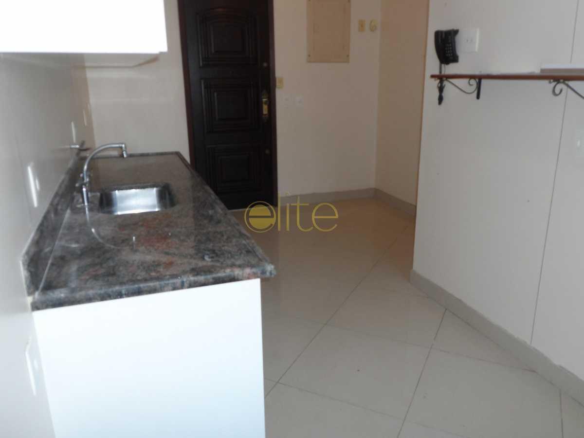 8 - Apartamento À Venda no Condomínio ABM - Barra da Tijuca - Rio de Janeiro - RJ - EBAP30122 - 12