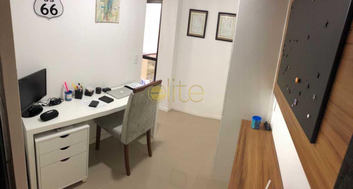 17 - Apartamento À Venda no Condomínio ABM - Barra da Tijuca - Rio de Janeiro - RJ - EBAP30126 - 16