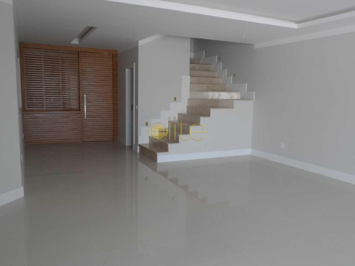 028 - Casa À Venda no Condomínio Interlagos de Itaúna - Barra da Tijuca - Rio de Janeiro - RJ - EBCN40155 - 7
