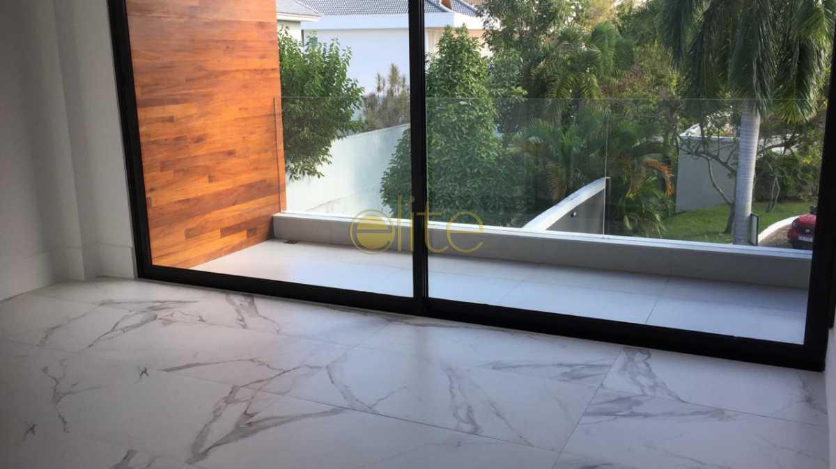 8 - Casa À Venda no Condomínio Quintas do Rio - Barra da Tijuca - Rio de Janeiro - RJ - EBCN40150 - 9