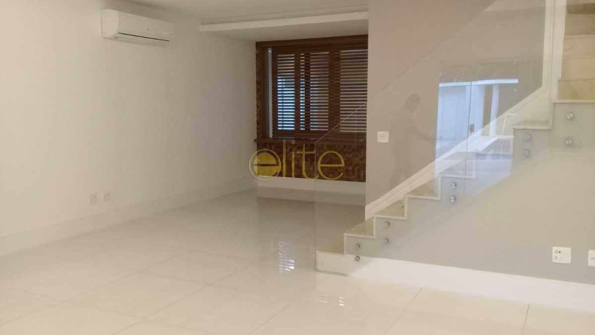 02 - Casa À Venda no Condomínio Interlagos de Itaúna - Barra da Tijuca - Rio de Janeiro - RJ - EBCN40154 - 4